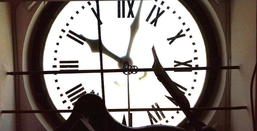 Riparato l'antico orologio di Piazza Loggia