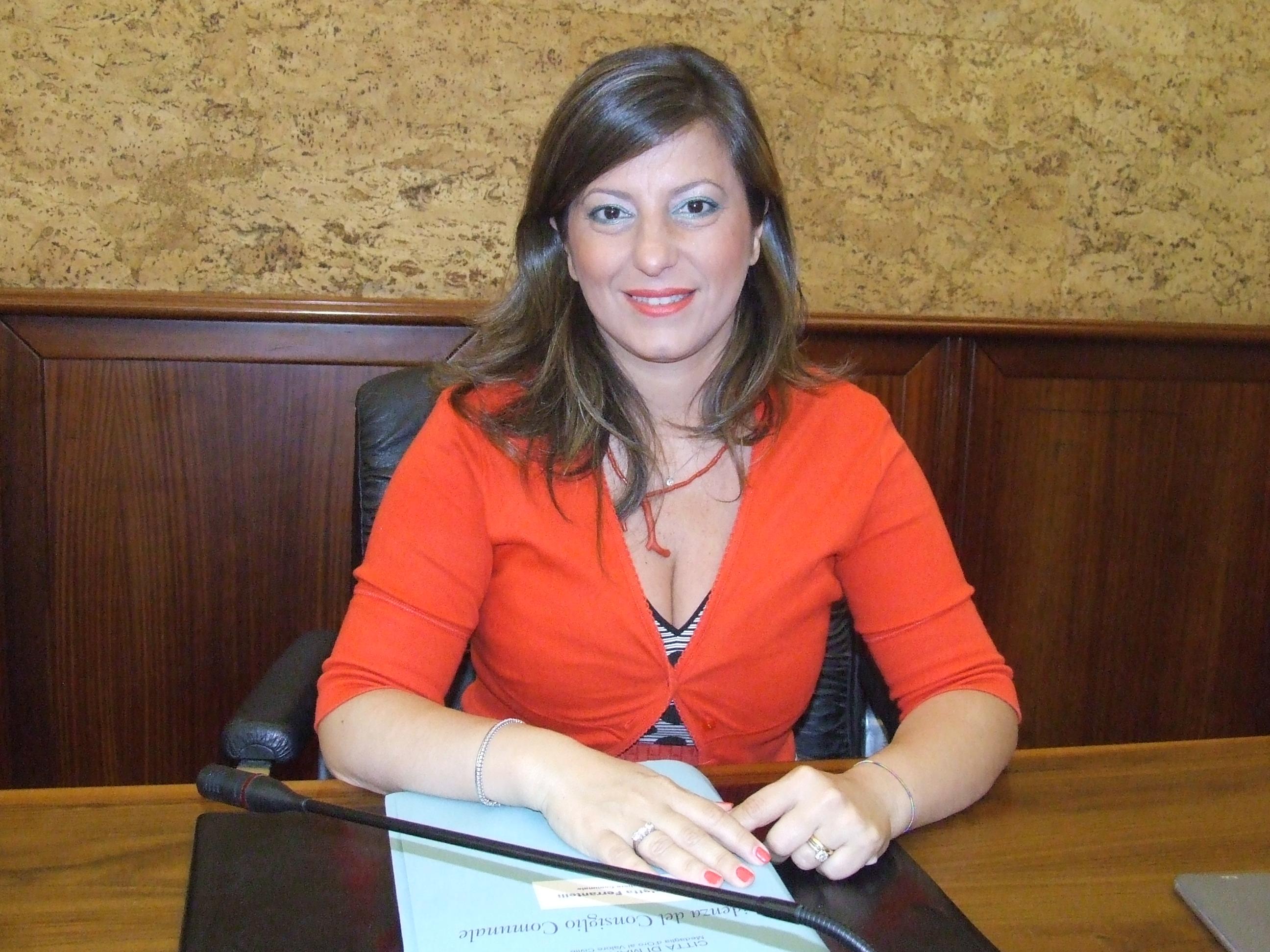 Nicoletta Ferrantelli passa da Forza Marsala al gruppo di Sturiano