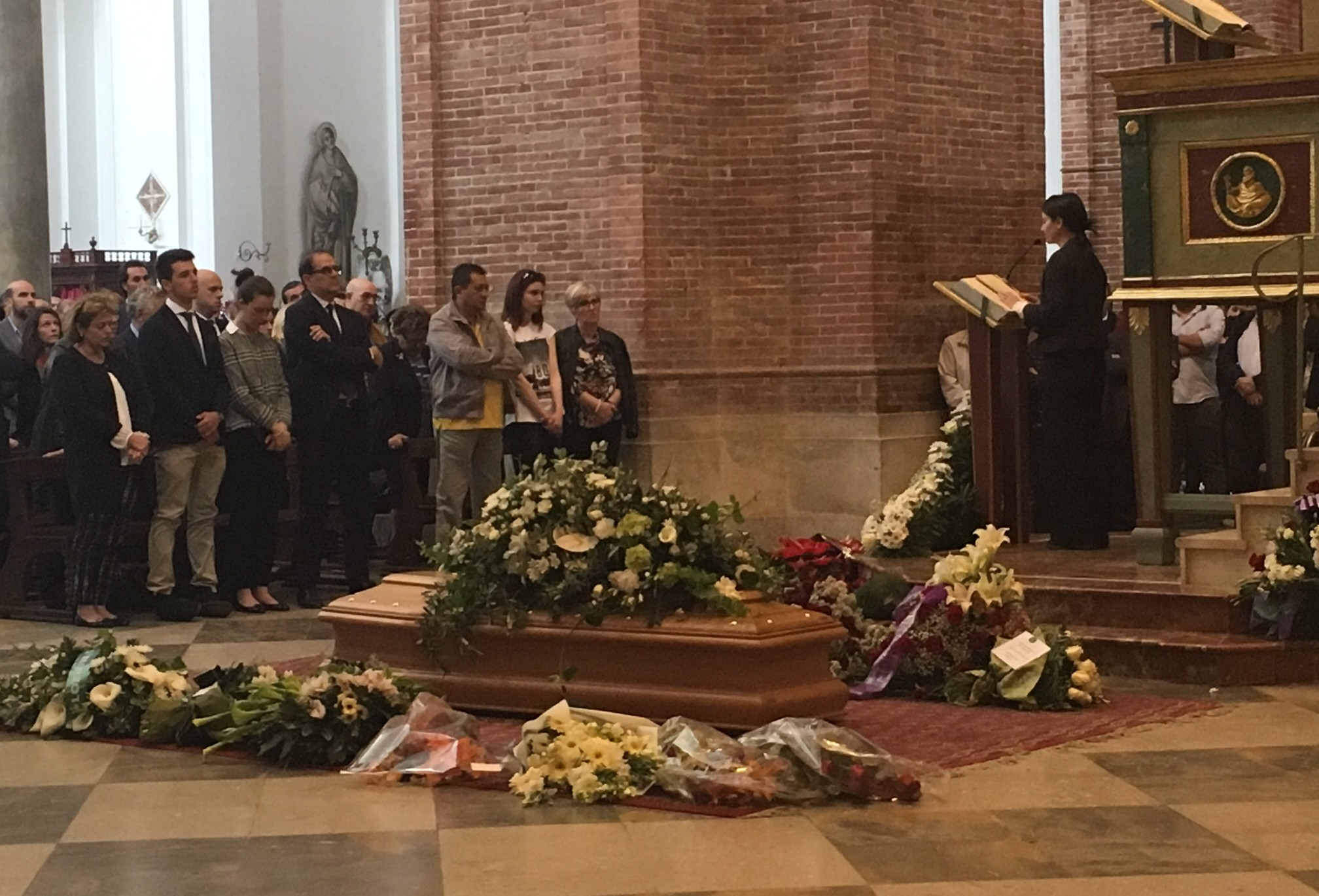 L'ultimo saluto a Giacomo Rallo. Chiesa Madre gremita per i funerali del fondatore di Donnafugata