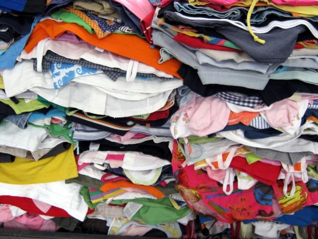 A breve a Marsala la raccolta dei rifiuti tessili
