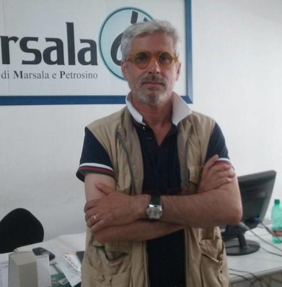 """Antonio Mauro """"collateral"""", porta il suo progetto al Meeting Internazionale di Architettura e l'installazione """"Cratere nel tempo"""""""