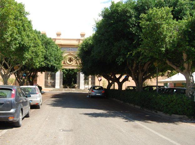 Cimitero di Marsala, Arturo Galfano chiede la riapertura nei giorni festivi