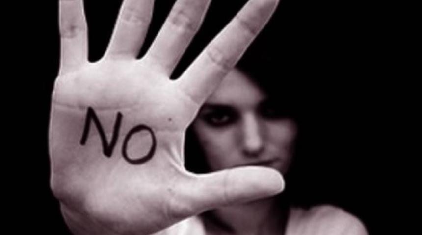 """Torna a Marsala il Concorso fotografico """"Rompiamo il silenzio"""", uno scatto contro la violenza sulle donne"""