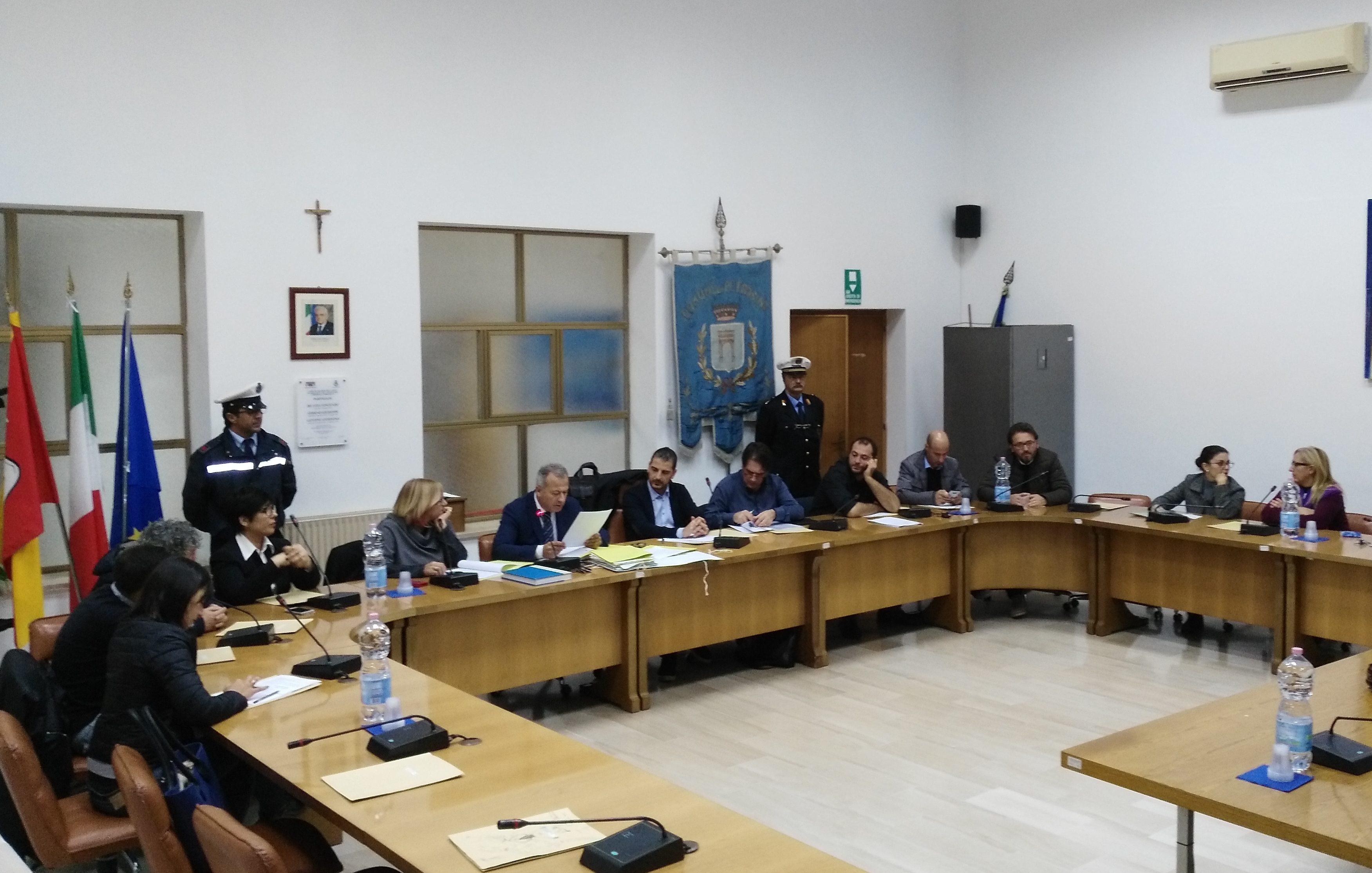 Petrosino, il Consiglio torna in Aula. Si parlerà di Piano del Demanio Marittimo e aliquote Irpef