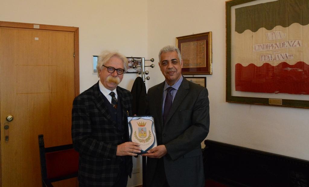 Mazara: Cristaldi incontra il console marocchino