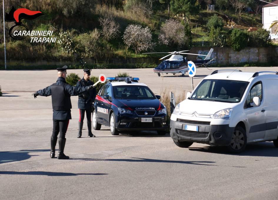 Alcamo: controlli a tappeto dei carabinieri. In arresto anche un 63enne, accusato di violenza su minore
