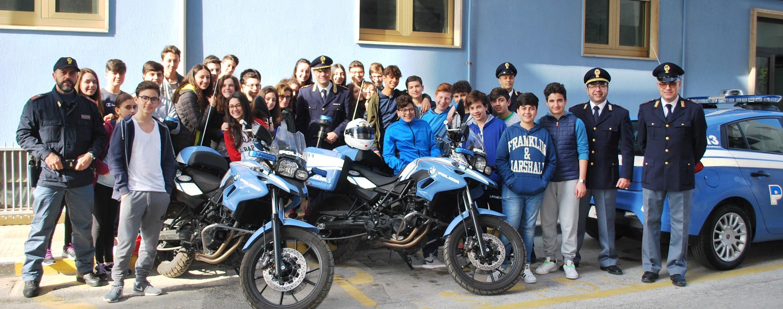 Marsala: la polizia incontra gli alunni della scuola media Giuseppe Mazzini