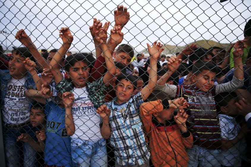 Campi profughi: gabbie che salvano, ma spengono i sogni