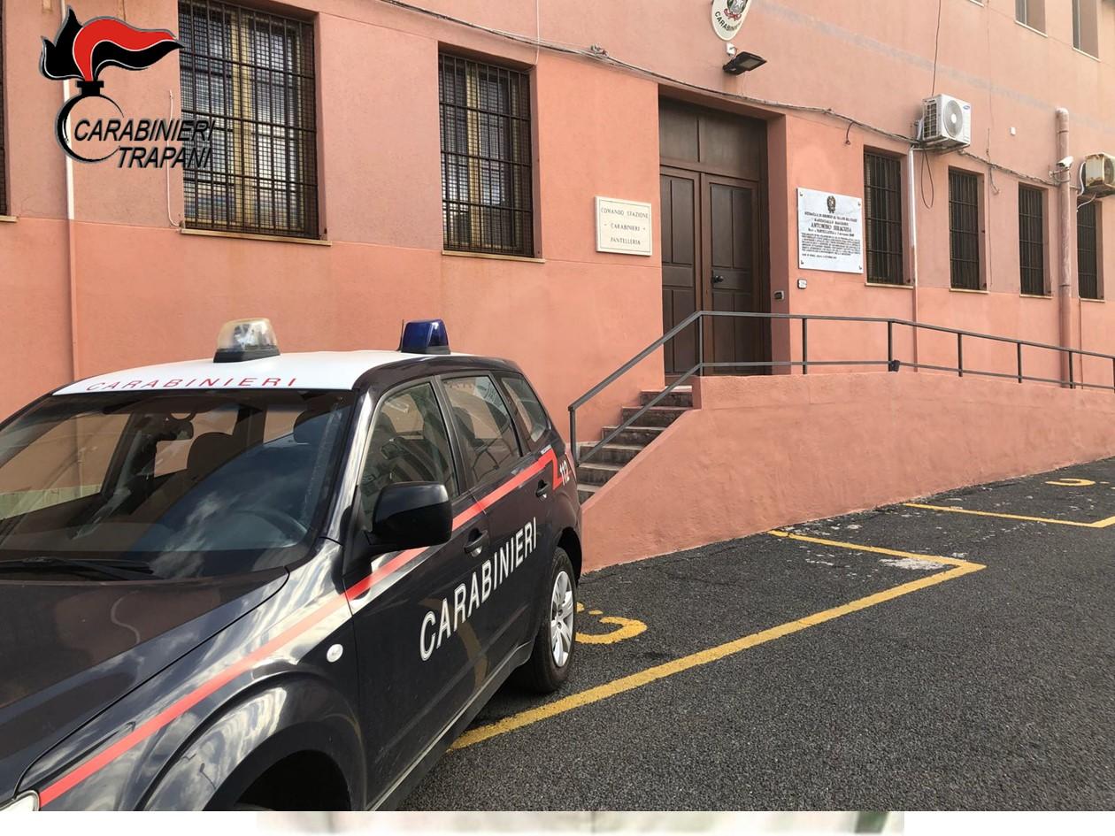 Pantelleria: Carabinieri tentano di sedare una lite tra giovani e vengono aggrediti