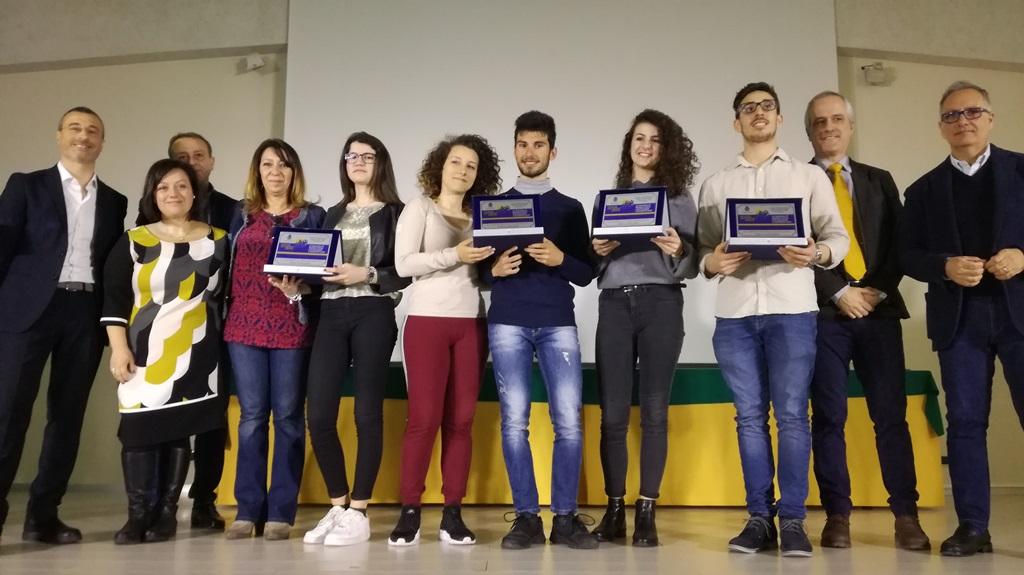 """Concorso Giornalistico """"Santo della Volpe"""": premiati gli studenti"""