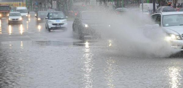 Allerta meteo in Sicilia, domani pioggia e raffiche di vento