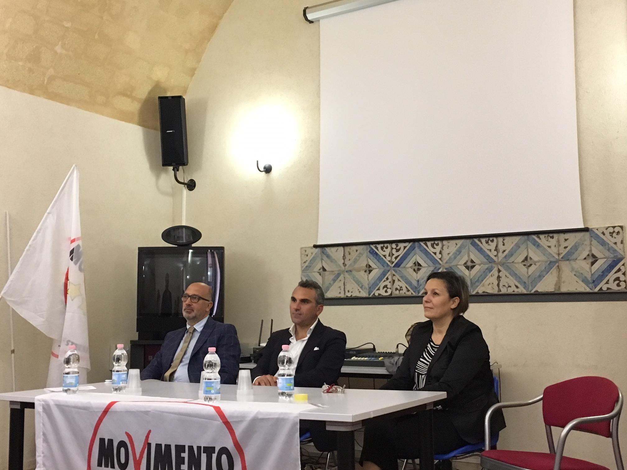 Tre defibrillatori a Marsala con il 30% dell'indennità di Aldo Rodriquez: presentata l'iniziativa alla stampa
