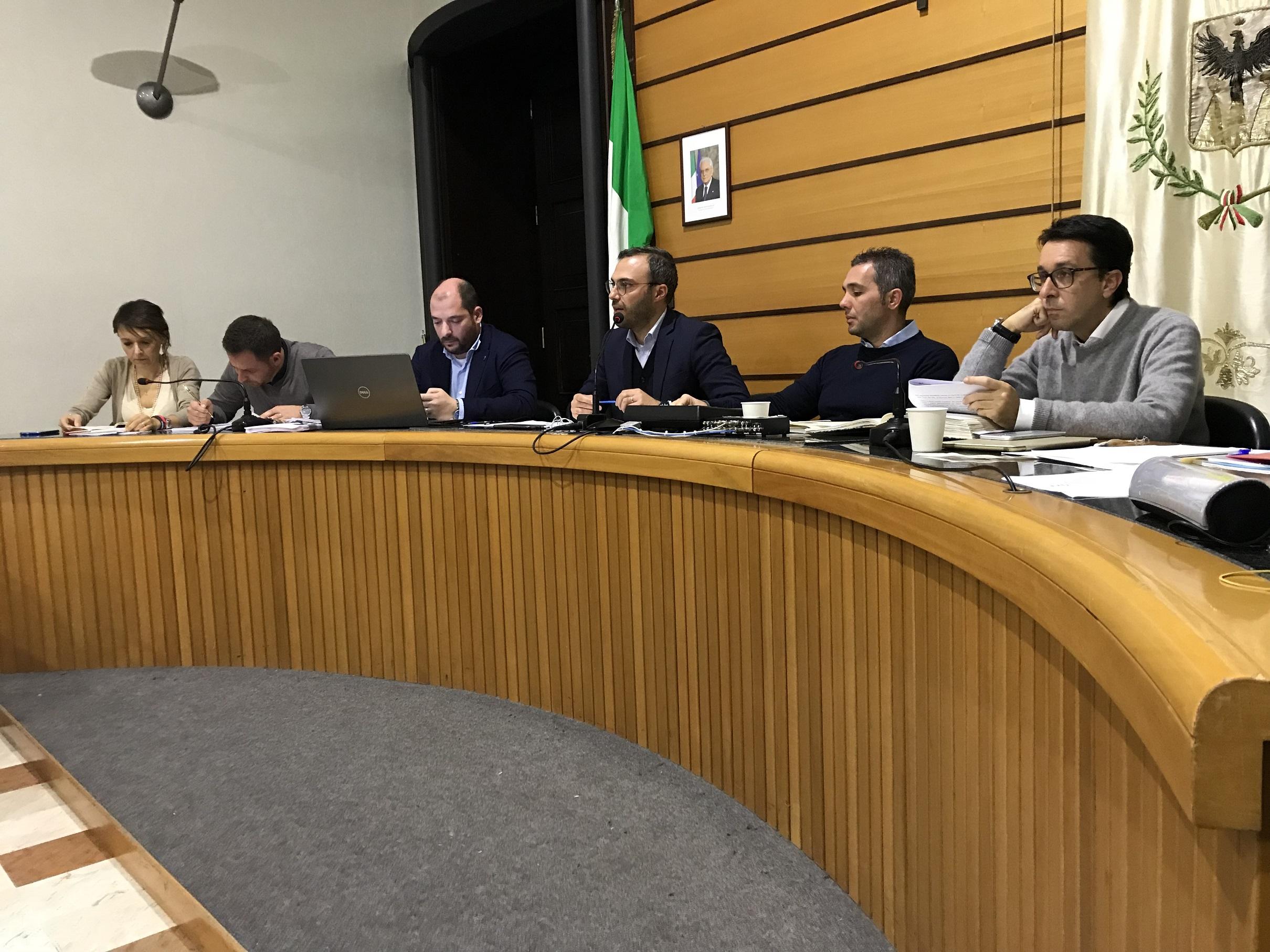 Il Consiglio comunale di Alcamo approva sei mozioni sul DUP 2019-2021. Ecco cosa prevedono