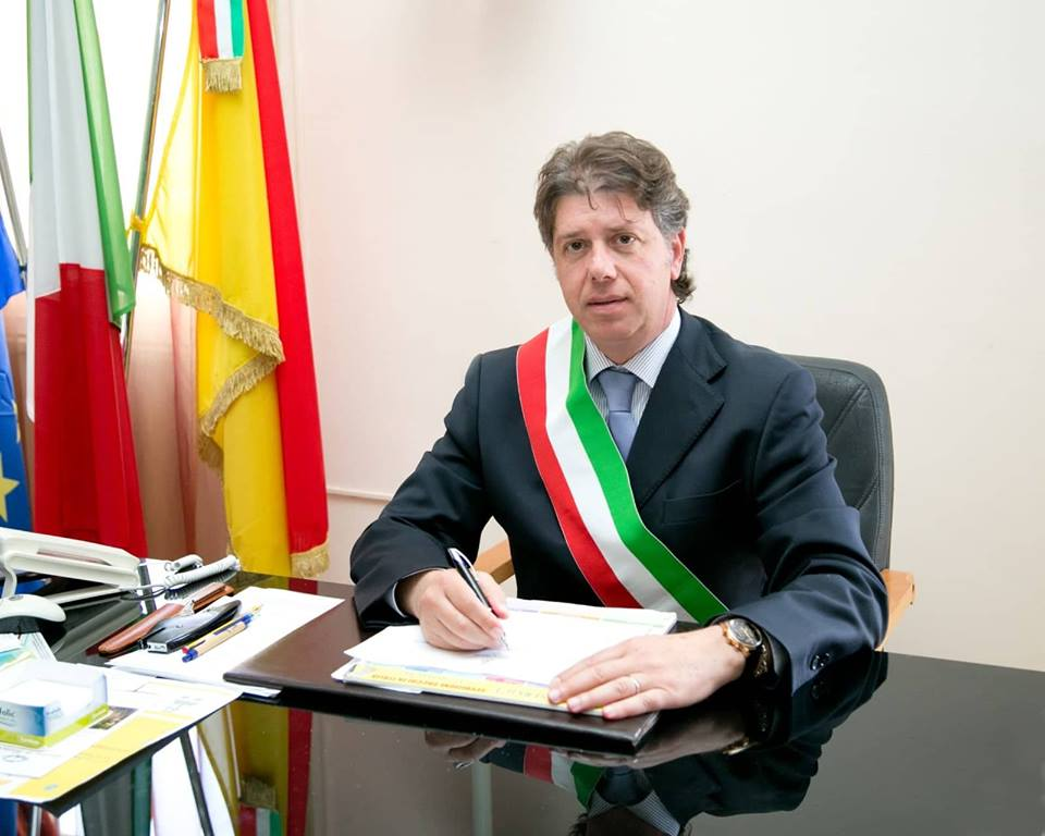 """Emergenza rifiuti a Campobello, il sindaco scrive alla Regione. """"Rischiamo gravi conseguenze igienico-sanitarie"""""""