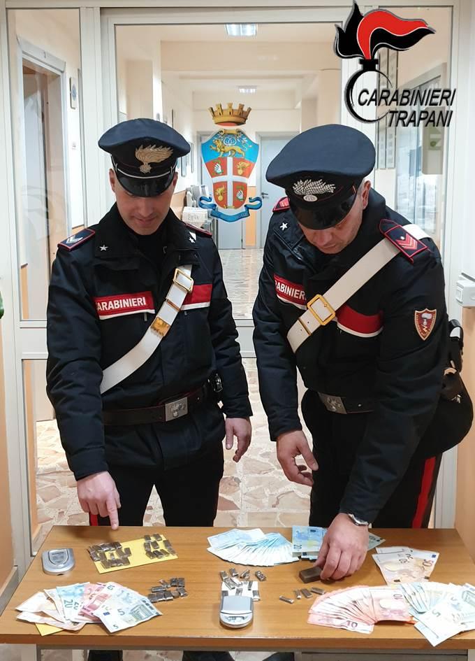 """Droga, arrestati tre gambiani ospiti del centro d'accoglienza """"La Locanda"""" di Castelvetrano"""