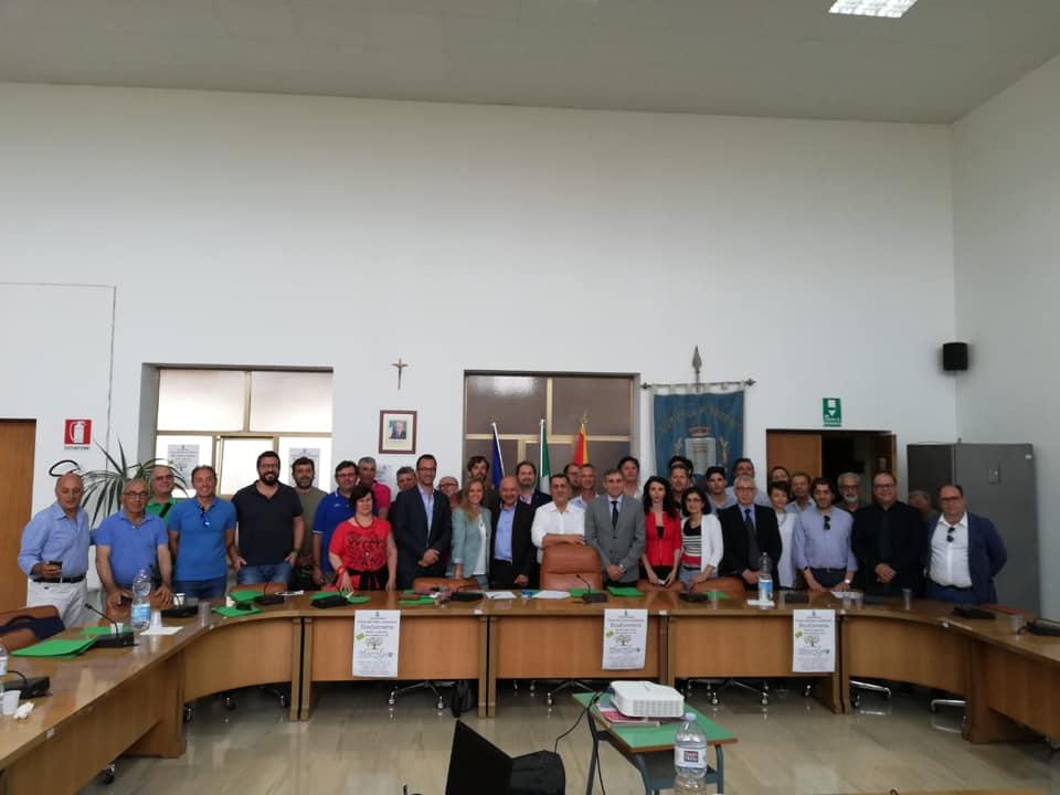 A Petrosino i comuni del trapanese e le aziende firmato l'atto costitutivo: nasce il Biodistretto Terre degli Elimi