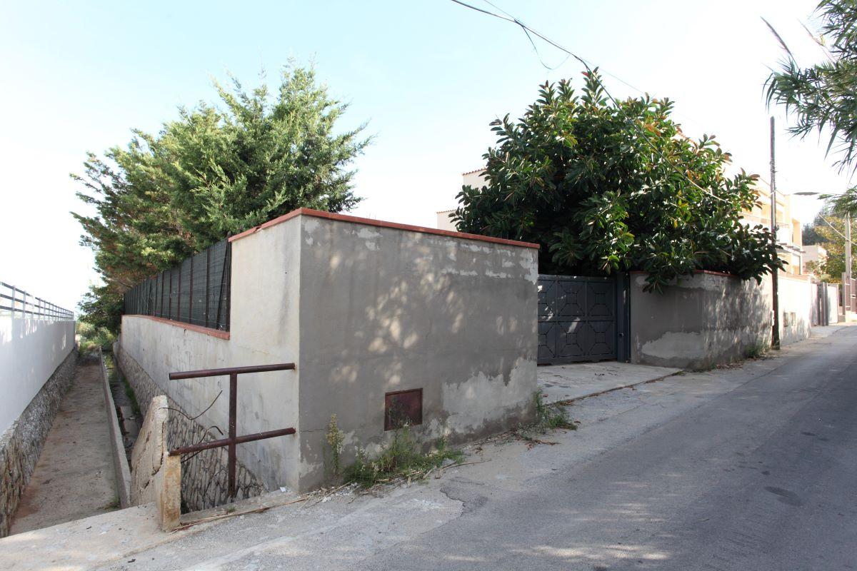 Passerella per disabili ad Alcamo Marina, ok al finanziamento del progetto