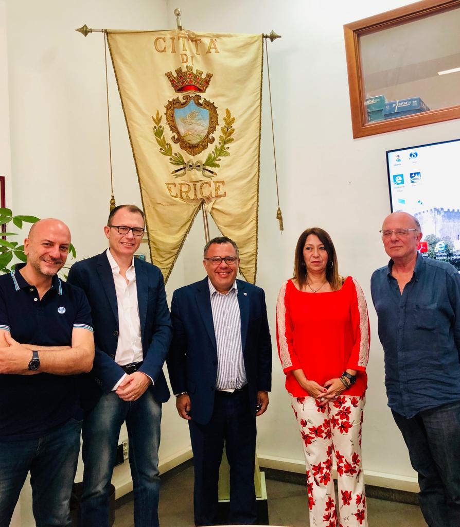 Erice: il sindaco Toscano riceve Giorgio Heller, neo presidente del Trapani Calcio