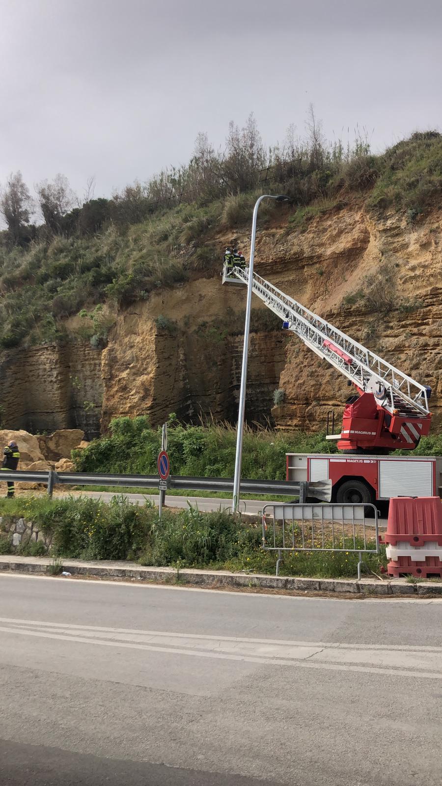 Castellammare: frana sulla statale 187, al via i lavori di messa in sicurezza