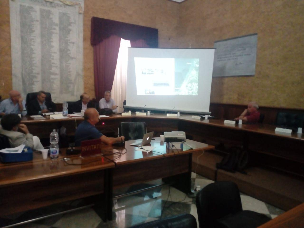 AcquaSal: il Consiglio boccia l'adesione del comune al progetto