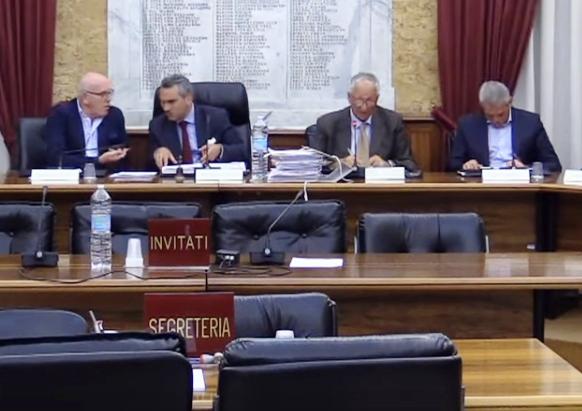 Il Consiglio comunale approva due mozioni e poi manca il numero legale, si continuerà oggi