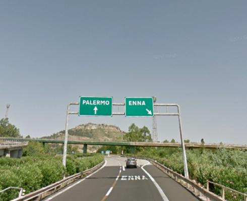 Autostrade, chiude lo svincolo di Enna e la Sicilia rimane divisa in due