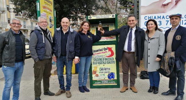 Marsala: raccolta olio esausto, posizionato il primo contenitore in Piazza Pizzo
