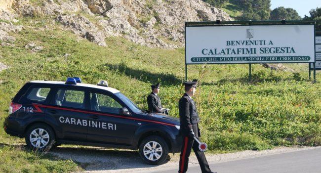 Calatafimi: Carabinieri fermano un uomo mentre picchiava la compagna