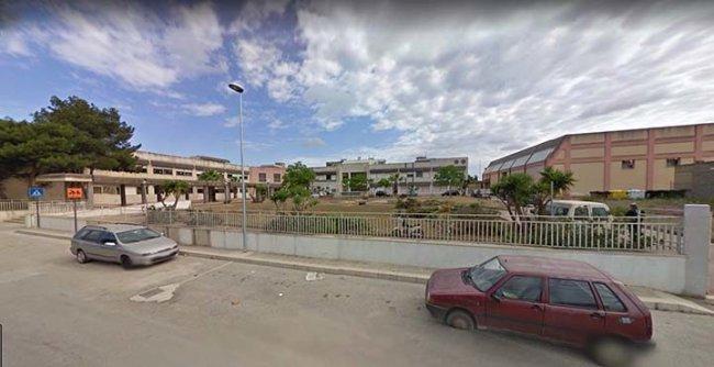 Riqualificazione dell'ex scuola di Amabilina, Comune  e Iacp presentano il progetto