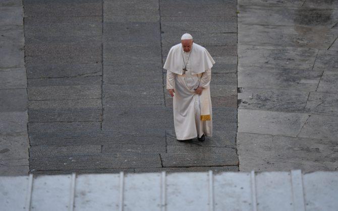 Ad un certo punto il Papa – Cartoline dalla quarantena