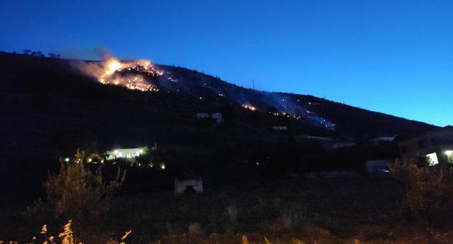 Alcamo brucia ancora: in fiamme Monte Bonifato