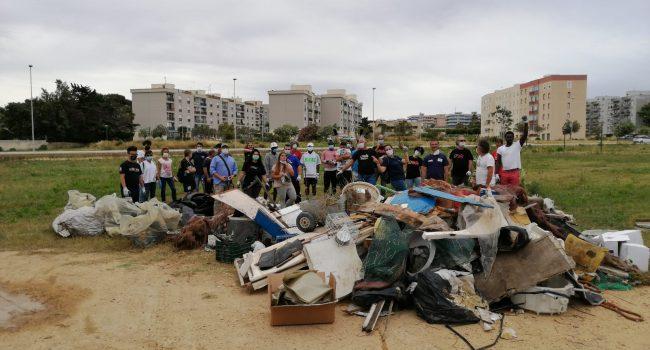Salinella ripulita: grande successo dei volontari che hanno accolto l'appello. Si riparte con speranza