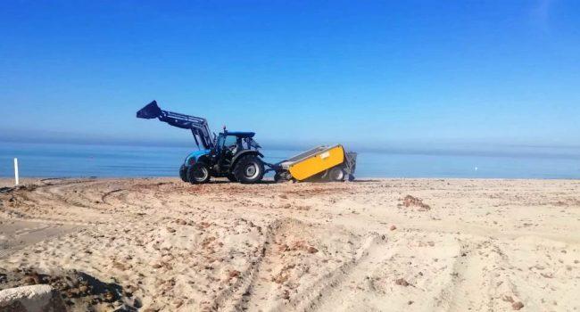 Spiaggia e strade, a Mazara proseguono le operazioni di pulizia straordinaria