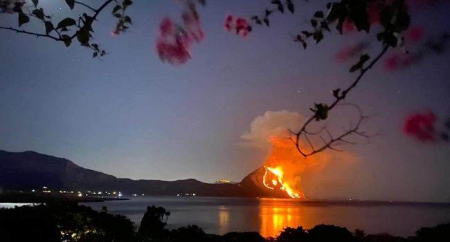 Brucia Monte Cofano, le toccanti immagini