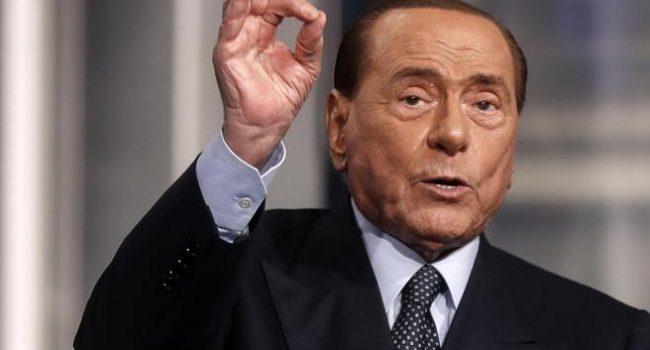 Berlusconi ricoverato per problemi cardiaci
