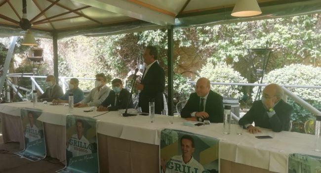Il candidato Massimo Grillo presenta la governance che collaborerà con la sua giunta