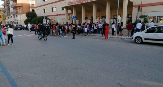La scuola inizia: tra faticose mascherine e pochi assembramenti, a Marsala parte l'assistenza disabili