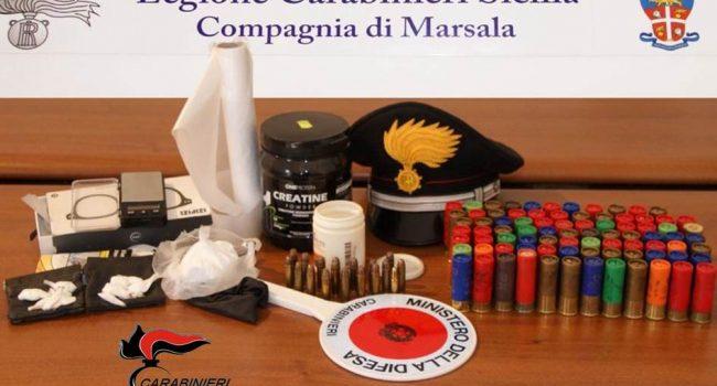 Marsala: in casa con cartucce e cocaina per lo spaccio, arrestato 46enne
