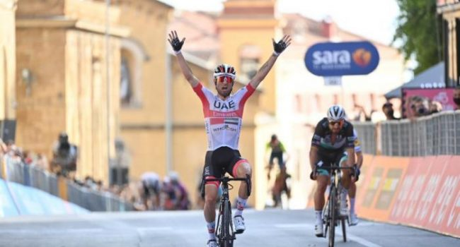 Giro d'Italia: tappa ad Alcamo e nel Belice, vince Diego Ulissi. IL VIDEO