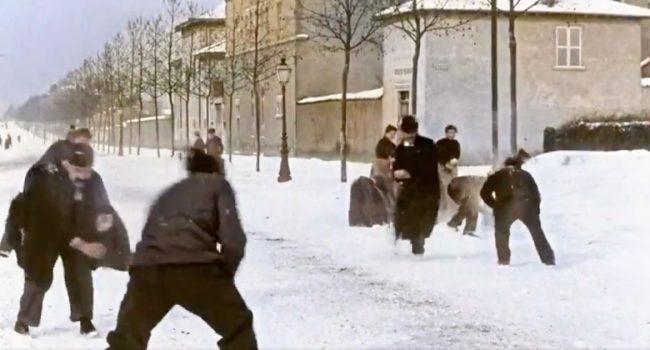 Da un film dei Lumière, una battaglia di palle di neve nel 1896. Ecco com'era  (video a colori)