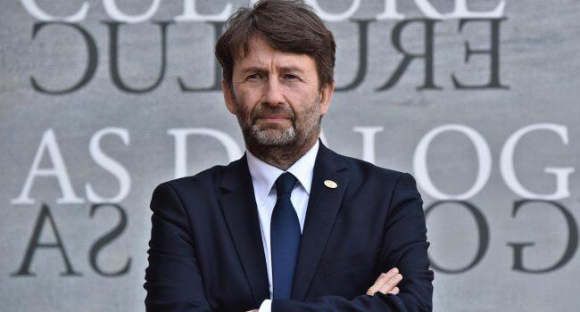 Covid e Cultura: nuovo decreto di Franceschini, 15 milioni a live club, 25 agli artisti