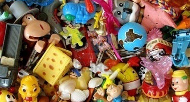 Alcamo: la Finanza sequestra giocattoli non sicuri da un negozio cinese. Individuato lavoratore in nero