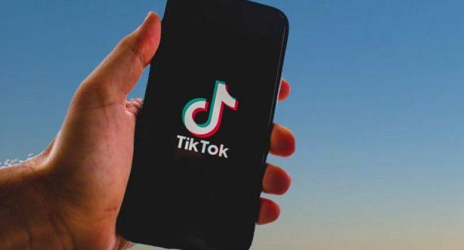Garante privacy dispone blocco Tik Tok profili non verificati
