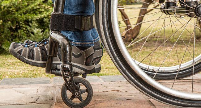 Dopo le proteste, i disabili gravi ottengono il vaccino anti-Covid