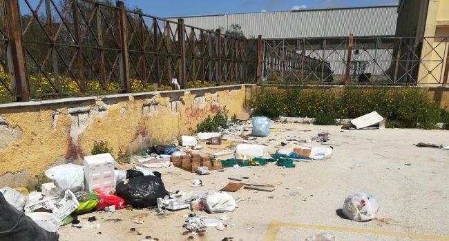 Marsala: operatori del Mercatino multati per abbandono rifiuti e mancata pulizia dell'area