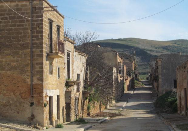 Amianto, la Regione dà il via alla bonifica nella Valle del Belice