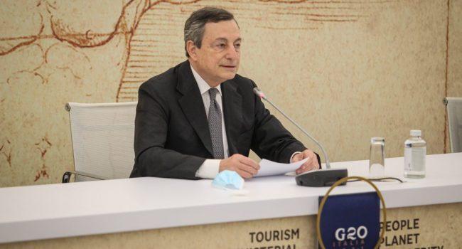 """Turismo, Draghi """"Da metà giugno operativo il Green Pass europeo"""""""