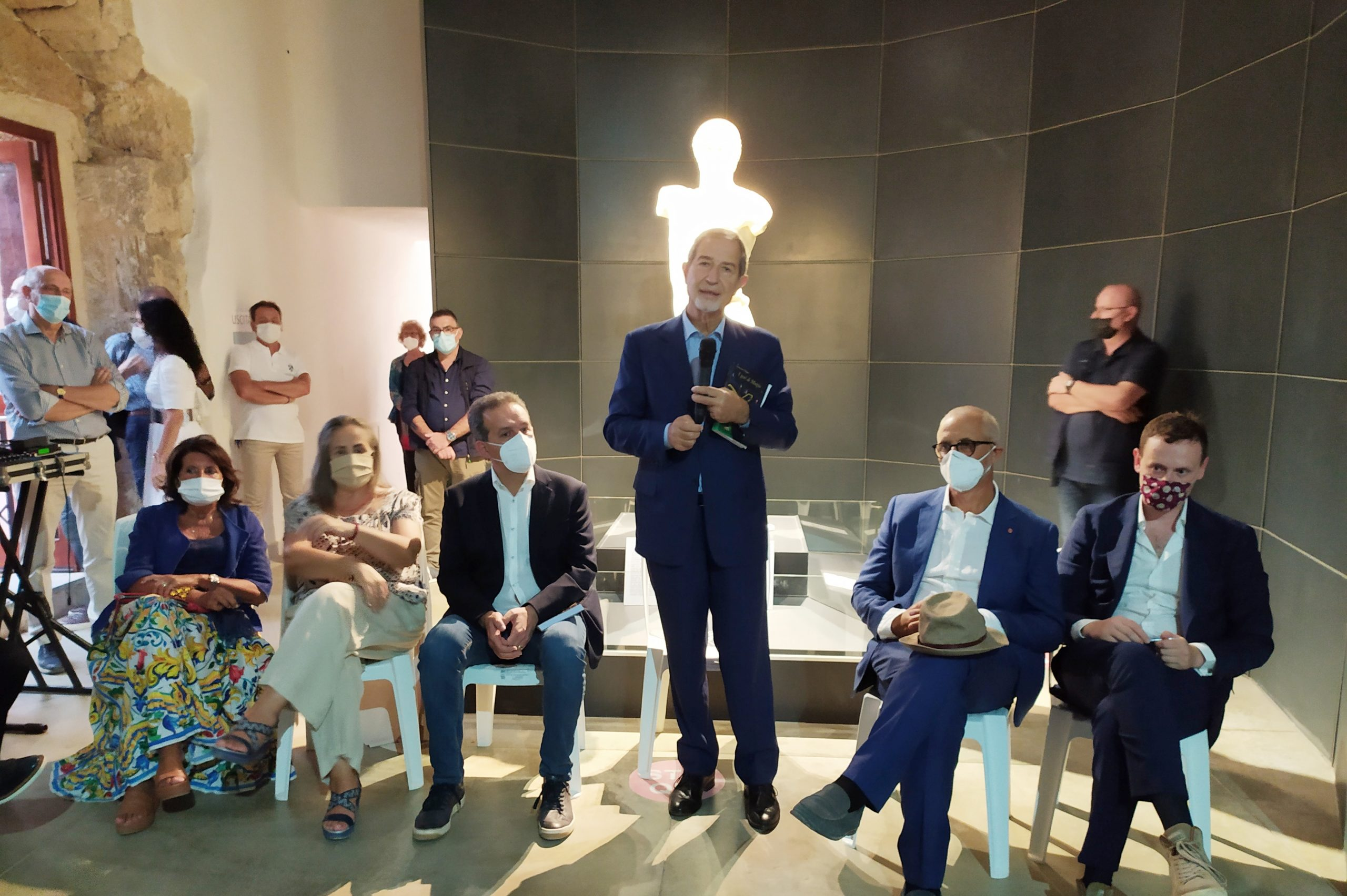 """Presentato """"I geni di Mozia"""". Musumeci esalta l'isola e va all'attacco sulla gestione dei siti culturali"""